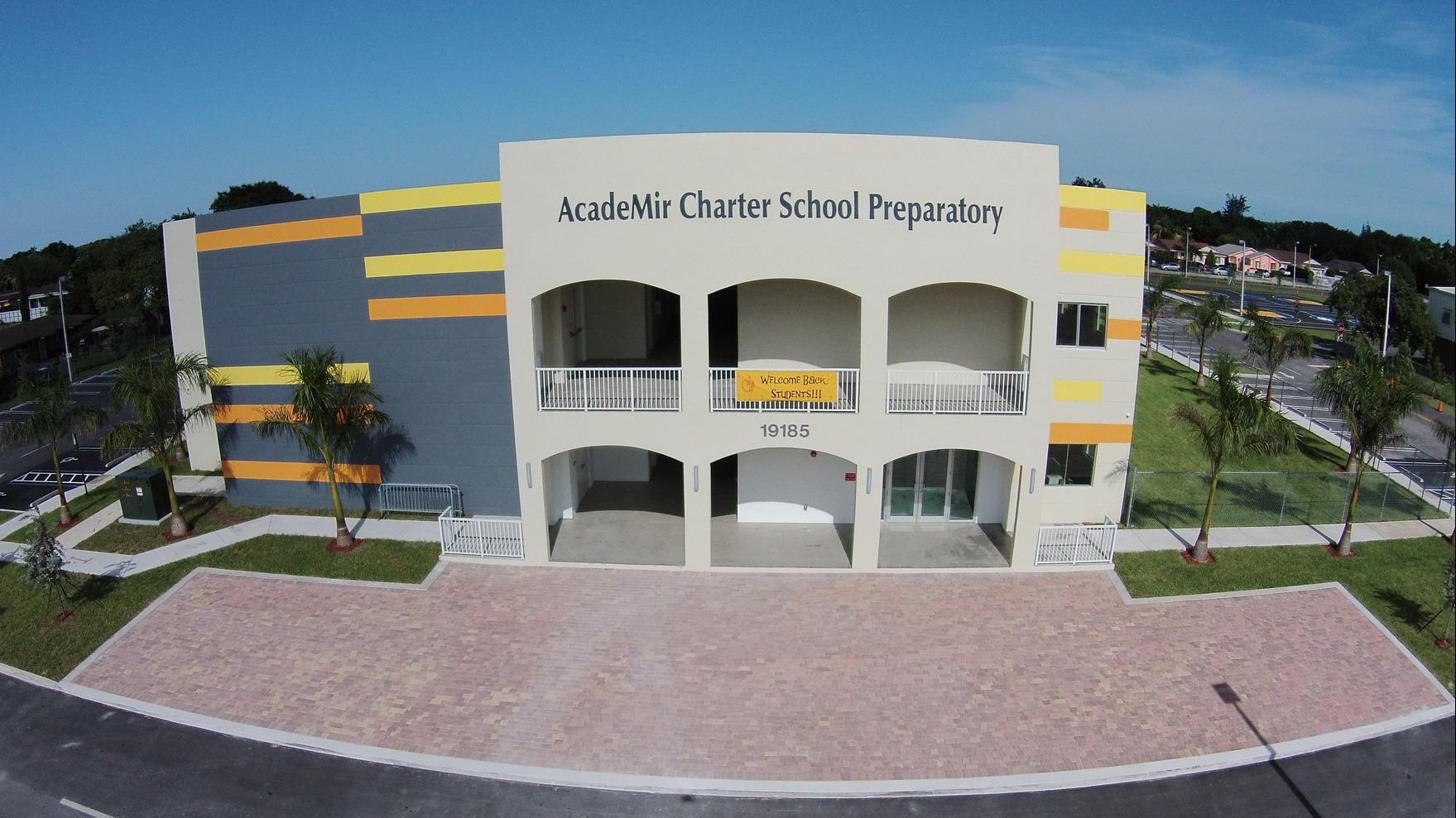 nhanh-tay-danh-suat-dau-tu-vao-du-an-truong-ban-cong-charter-school-phase-39